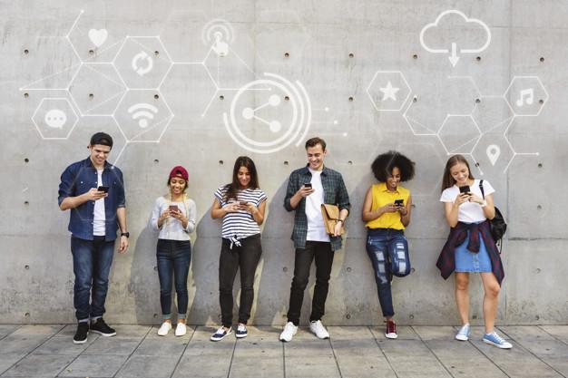 social tra gli adolescenti